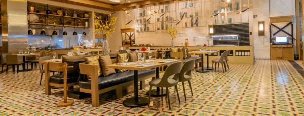 Interior del restaurante Acueducto